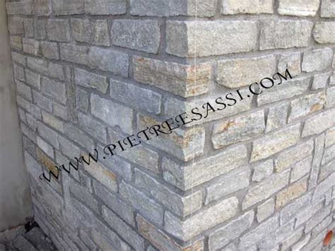 fugare le piastrelle fugare muro in pietra cemento armato precompresso