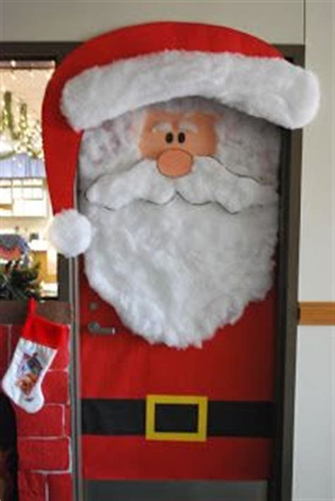christmas door decorations for work 1000 images about cubicle office decorating