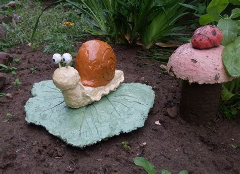 Cement Garden Decor Handmade Garden Decor Concrete Sculptures Ideas Patio Leaf Snail