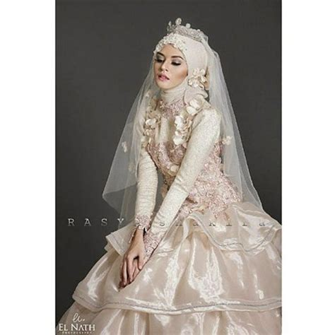 Tiara Shaly Dress Gamis yay you want a crown on your wedding forget the tiara wedding dress