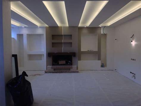 illuminazione cartongesso soffitti foto controsoffito in cartongesso con illuminazione led