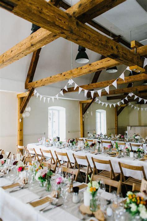 rustikale tischdeko scheune real wedding bohemian rustic rustikale bohemian