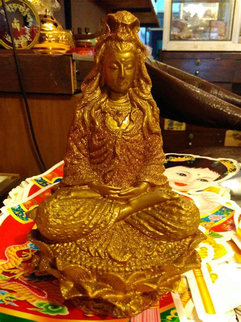 Pajangan Dewa Dewi jual patung dewi kwan im fiber dhammamanggala