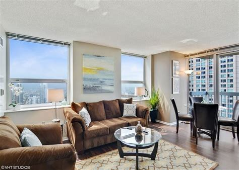 2 bedroom suites in chicago magnificent mile chicago il united states 42nd floor 07 2 bedroom 2