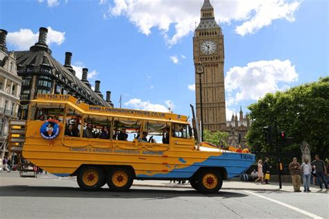 boats in london classic sightseeing tour hibious london tour london