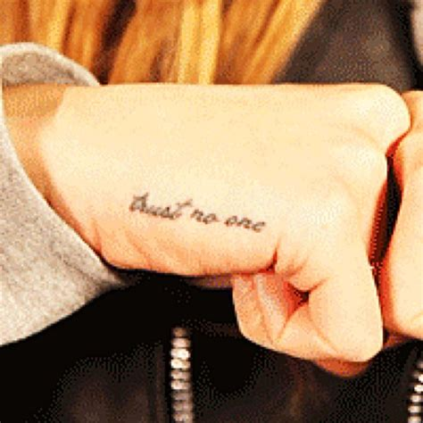 lana del rey   wise words   tattoo