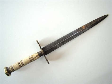 naval dirk a napoleonic period naval dirk with 8 1 2