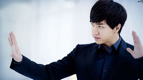 lee seung gi cameo lee seung gi will cameo in quot producer quot episode feat iu and