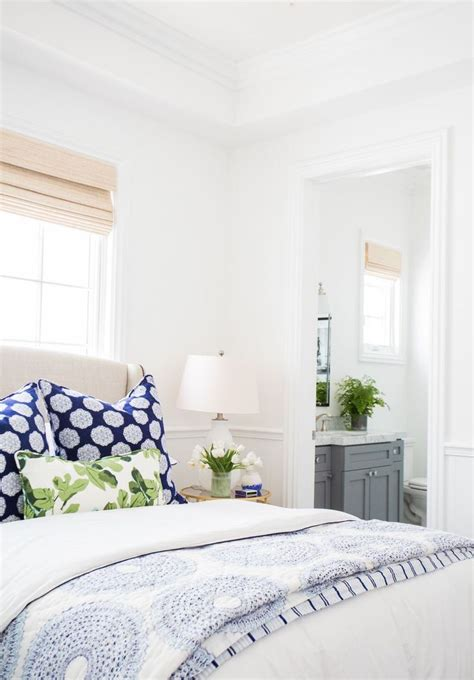 blue white bedroom best 25 blue white bedrooms ideas on pinterest blue bedroom colors navy master