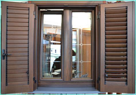 finestra con persiana peduzzi s r l porte e finestre a roma