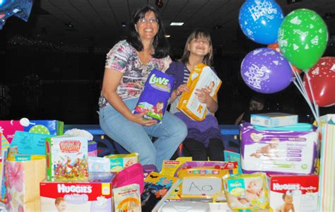 birthday themes for nine year olds nine year old girl delivers birthday gifts to indian river