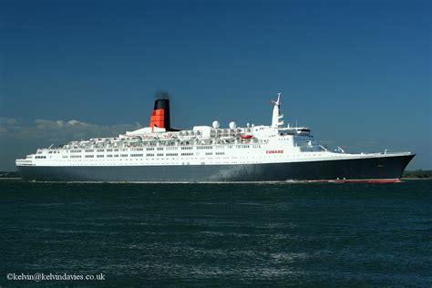 file queen elizabeth 2 ship 1969 001 jpg wikimedia ship photos container ships tankers cruise ships