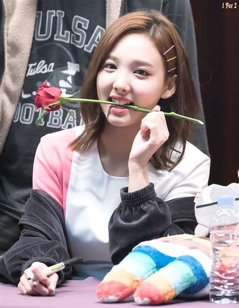 Casing Handphone Kpop Momo In Onesies nayeon from reddit d kpop and sweet