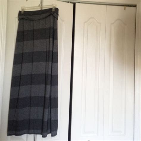 28 dresses skirts black and grey striped