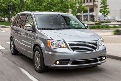 town and country chrysler 2016 chrysler town and country minivan pricing features