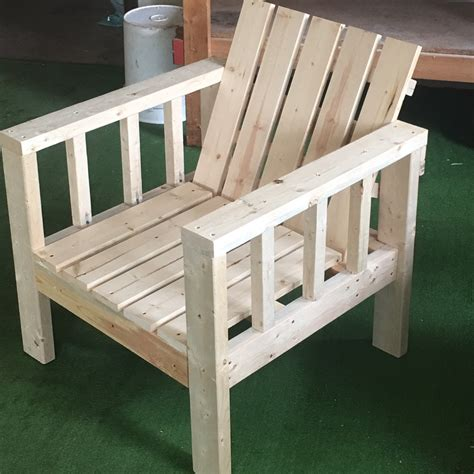 Fabulous Outdoor Furniture You Can Build With 2x4s The How To Build A Patio Chair