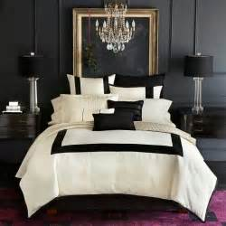 Black And White Bedroom by Dramatic Color Scheme Bedroom My Loves Stylish Patina