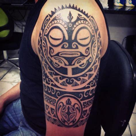 imagenes tatuajes hombro para hombres los tatuajes hawaianos