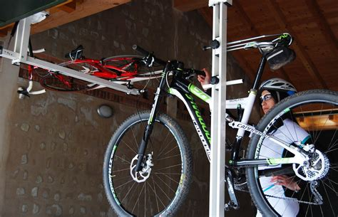 flat bike lift ceiling overhead bike rack for mountain bike trekking