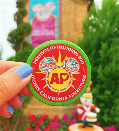 festival of holidays 2017 ap button disney pins
