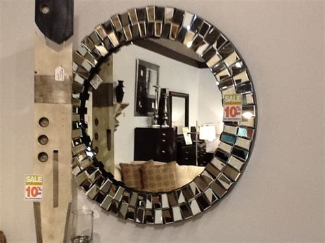 Www Rooms To Go by Rooms To Go This Mirror Stuff For The Home