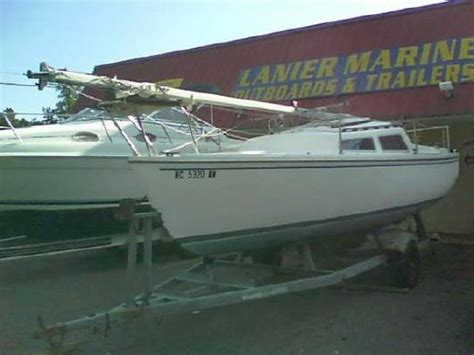 catalina 22 swing keel for sale 1982 catalina yachts 22 catalina swing keel w trailer