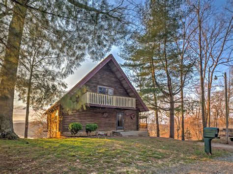 Rustic Family Cabin On The Lake Sleeps 12 The Roost Rustic 5br Byrdstown Cabin On Lake 5 Br