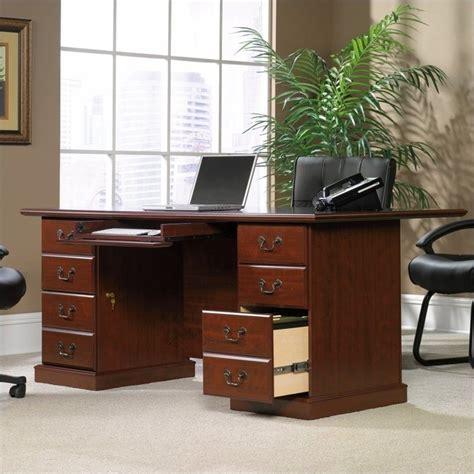 sauder heritage hill large executive desk 109843