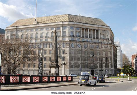 thames house mi5 have you found any alamy images october 2015 page 2