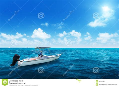 speed boat on water speed boat and water of ocean royalty free stock photos