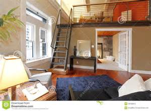 Small 3 Bedroom House Plans salon moderne reconstruit avec la mezzanine photographie