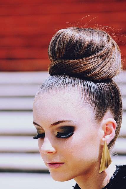 hairstyles like buns sleek high bun hairstyles i like pinterest