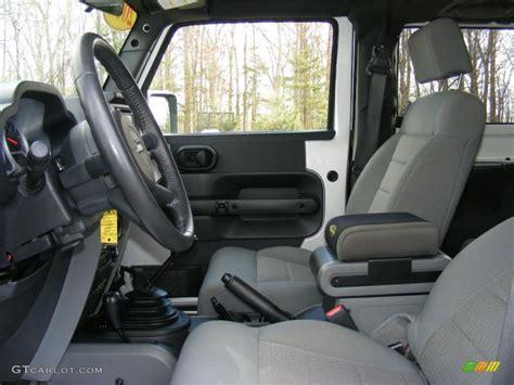 jeep wrangler grey interior 2009 jeep wrangler interior www imgkid com the image