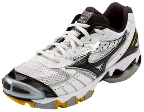 Sepatu Fila Taekwondo sepatu voli mizuno s wave bolt sepatu zu
