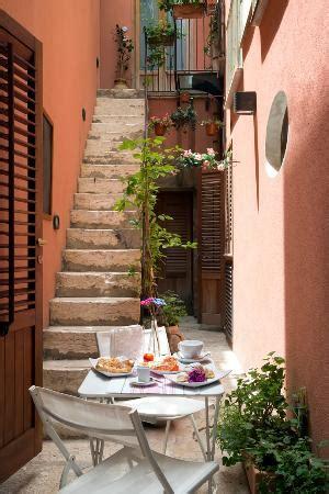 il cortile fiorito il cortile fiorito srl hotel trapani sicilia prezzi