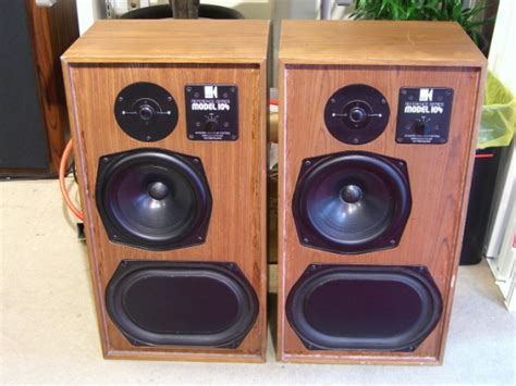 kef reference 104 bookshelf speakers review test price