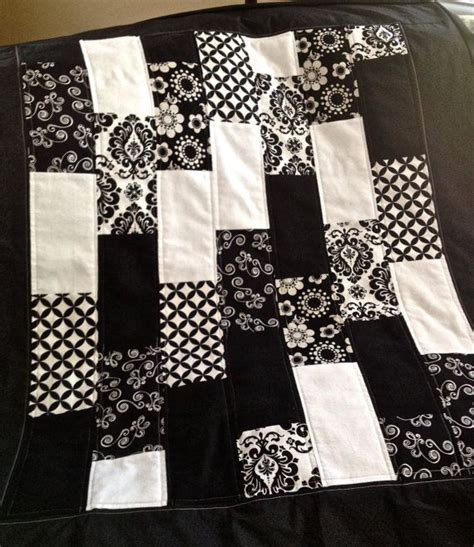 git quilt tutorial 64 best black and white quilts images on pinterest black