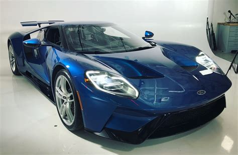 fastest ford gt ford gt 2017 ford s faster production car hits 216