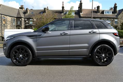 wrapped range rover evoque matte grey metallic range rover evoque reforma uk