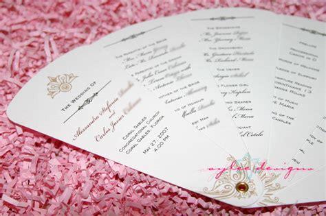 choosing  fan style   wedding programs