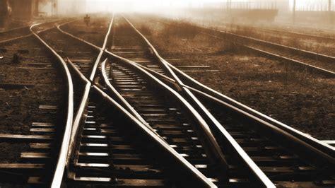 The Rails Ns En Prorail Willen Blaadjes Op Rails Weglaseren Nu