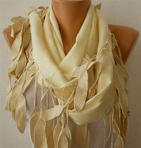 Pasmina Two Curly 86 best images about stylo on pashmina scarf curly hair and thinning hair