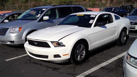 2011 ford mustang 3 7l v6 start up rev with exhaust view