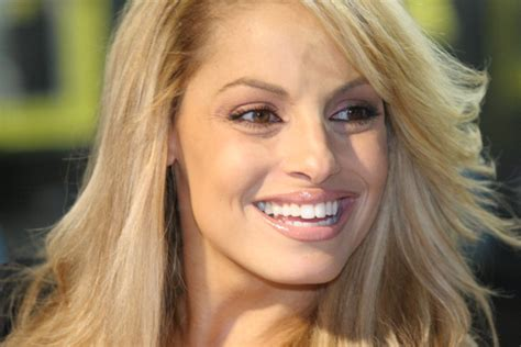 trish stratus special move trish stratus and bucklund to be inducted into wwe hall of