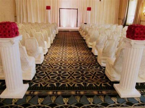 Wedding Backdrop With Crystals by Ceremony With Backdrop Weddingbee Photo Gallery