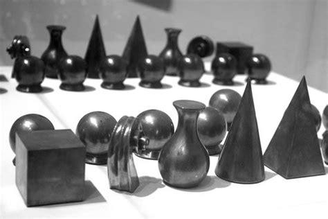 man ray chess man ray chess set google search chess pieces pinterest