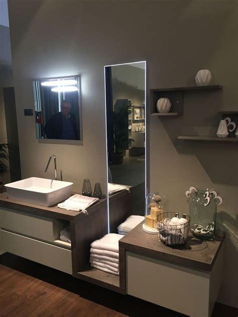 ideas  bathroom towel display  pinterest