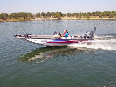 bass boat talons 2014 g3 boats eagle talon 19 dlx tested reviewed on us