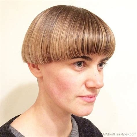 looking for a new short haircut for a 65 year old 50 excellent undercut short hairstyles for young women