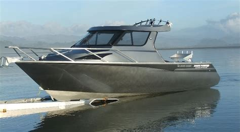 boat manufacturers cruisers 730 sports cruiser white pointer boats custom alloy
